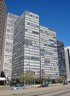 Lake Shore Drive Towers, Chicago, IL | Mies van der Rohe