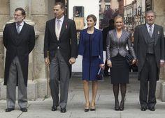 President Mariano Rajoy (1L) Queen Letizia of Spain (3L), King Felipe VI of Spain (2L), President of Madrid Cristina Cifuentes (2R) and Minister of Culture Inigo Mendez de Vigo pose for photographers at the University of Alcala de Henares for the Cervantes Prize award ceremony on April 23, 2016 in Alcala de Henares, Spain.