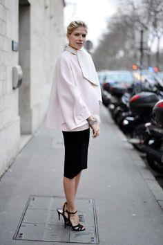 Street Style na ulicama Pariza - Haute Couture Proleće/Leto 2014 Couture Fashion, Paris Fashion, Women's Fashion, Source D'inspiration, Modest Fashion, Fashion Outfits, Chic Dress, Street Style Looks, Urban Fashion