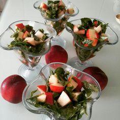 Nektarinli salata