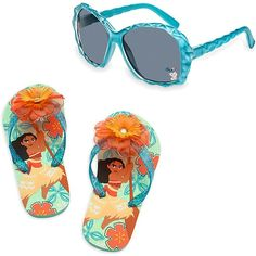 Disney Store Moana Flip Flops and Sunglasses Set ($24) ❤ liked on Polyvore featuring shoes, sandals, flip flops, disney flip flops, disney, wide flip flops, wide width shoes and wide shoes