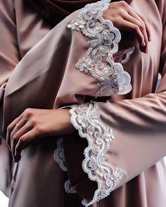 IG: natxsha.my    Modern Abaya Fashion    IG: Beautiifulinblack