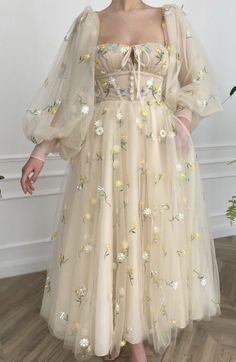 Pretty Outfits, Pretty Dresses, Stylish Outfits, Beautiful Outfits, Fairytale Dress, Fairy Dress, Ball Dresses, Ball Gowns, Prom Dresses