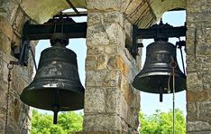Bells will ring on Veterans Day to mark 100 years since WWI armistice Dresden, Cloche, Christmas Bells, Veterans Day, Kirchen, Colour Images, Tower, Bronze, Tinkerbell