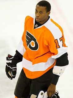 Wayne Simmonds of the Flyers