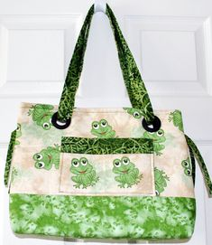 Quilted froggie purse...I want one!!!