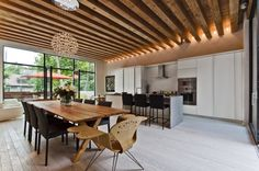 Ecologia Montréal by Gervais Fortin - CONTEMPORIST .. like the ceiling with recessed lighting between beams