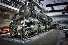 Locomotive au Musée Technique de Prague © Copyright Tomas PILLER