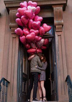 foil heart balloons  http://rstyle.me/n/waeswpdpe