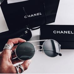 pinterest : miaprimeau #chanel #sunglasses #eyewear #fashion #accessories #chic #expensive #black #brand #mode #photography