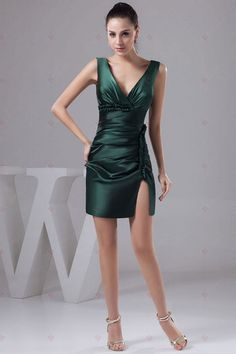 Sexy V-Ausschnitt Falten Mini-Länge Reißverschluss hinten Satin Brautjungfer Kleider131,48 €   75,13 €