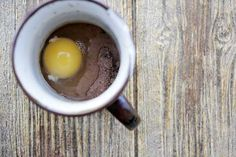 This was fabulous! Ingredients 1 heaping tbsp almond flour 1 heaping tbsp unsweetened cocoa powder 1 tbsp almond milk (I used unsweetened vanilla) ½ tbsp honey 1 egg 1 tsp vanilla extract This recipe makes one serving. Mix all ingredients together in a mug and microwave for 1-1.5 minutes