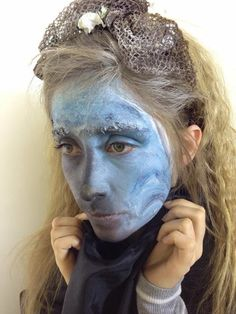 Sea pollution makeup and hair