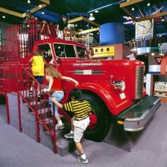 Children's Museum Of Memphis in Tennessee is a super fun place for the kids to explore AND learn!  FamilyDaysOut.com #familydaysout #kids #museum #memphis #children #tennessee