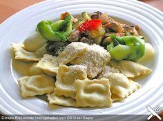 Roswithas Ravioli mit Gorgonzola - Walnuss Füllung