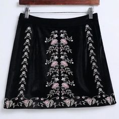 Fashion women brief elegant floral embroidery high waist velvet skirt match all skirts saias