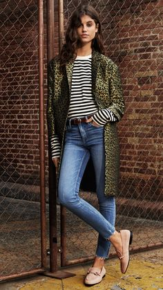 From skinny fits to straight legs — here are the season's trending denim. | H&M Fall/Winter