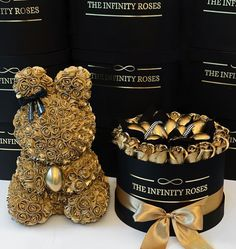 THE INFINITY ROSES ROMANIA™ (@theinfinityroses.ro) posted on Instagram • Apr 15, 2021 at 12:46pm UTC Funny Picture Quotes, Business Ideas, Infinity, Bears, Roses, Diy, Valentines, Photos, Instagram