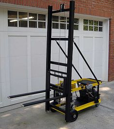 24v Powered mini-forklift. Lifts up to 800lbs using an electric winch. Driven by…