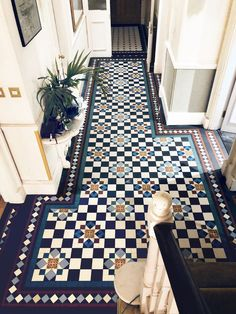 15 floor tile designs for the foyer - house floor tile designs for the foyer bodenfliesen designs foyerLondon Mosaic Hilton Grand Hall Tiles, Tiled Hallway, Hallway Carpet, Flur Design, Tile Design, Design Art, Design Ideas, Hallway Decorating, Entryway Decor