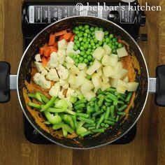 veg handi recipe, veg diwani handi recipe, mixed vegetable handi with step by step photo/video. simple mixed veggies curry prepared & served in a clay pot. Veg Handi Recipe, Mixed Vegetables, Veggies, Tandoori Roti, Coriander Leaves, Saute Onions, Garam Masala, Clay Pots, Naan