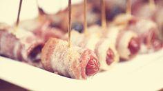 In Ania's Kitchen: Bacon Rolls - Sliwki i Kielbaski w Boczku - Recipe Polish Recipes, New Recipes, Polish Food, Appetizer Dips, Appetizers For Party, Dried Prunes, My Favorite Food, Favorite Recipes, Bacon Roll