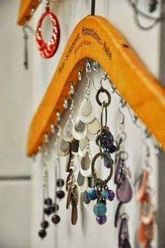 DIY Jewelry Display Hanger