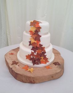 Autumn/fall themed wedding cake by www.boutiquebakehouse.co.uk