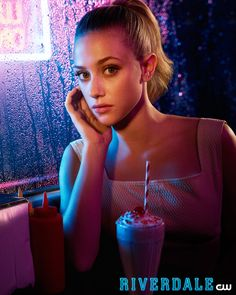 Lili Reinhart as (Betty Cooper) #Riverdale