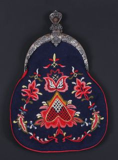 Bunadsveske Scandinavian Embroidery, Pot Holders, Auction, Hot Pads, Potholders