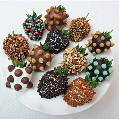 Deluxe Chocolate Dipped Strawberries