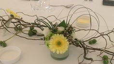 Table piece with light yellow gerbera