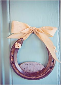 horseshoes!!! so perfect!