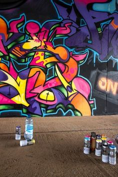 graffiti I'm a street artist, and have tons of friends who also do street art. I see it as an extension of myself. Public Art, Graffiti Artwork, Amazing Art, Types Of Art, Art, Graffiti Art, Outdoor Art, Pop Art, Beautiful Art