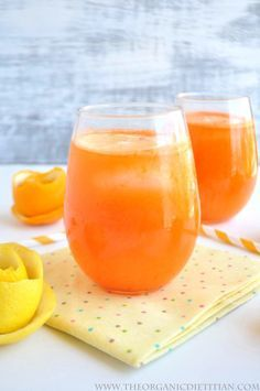 Carrot Orange Lemonade (No Sugar Added) - The Organic Dietitian Juice Drinks, Juice Smoothie, Smoothie Drinks, Smoothie Recipes, Detox Drinks, Healthy Juices, Healthy Smoothies, Healthy Drinks, Healthy Snacks