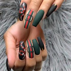 Gucci nails - Gucci Nails - Ideas of Gucci Nails - Gucci nails Nails Polish, Aycrlic Nails, Sexy Nails, Dope Nails, Fun Nails, Hair And Nails, Nail Swag, Bling Nails, Pretty Nail Designs