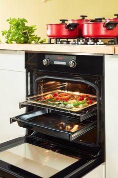 Dokonalé pomaly dusené hovädzie mäso na červenom víne - Akčné ženy Wall Oven, Kitchen Appliances, Home, Diy Kitchen Appliances, Home Appliances, Ad Home, Homes, Kitchen Gadgets, Haus