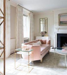 Rose quartz #rose #rosequartz #pink #neutral #living #livingroom #home #house #homedecor #homedesign #deco #decor #decoration #homedecoration