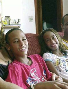 Neymar Jr, Soccer Players, Football Soccer, Neymar Family, Lionel Messi Wallpapers, Bae, Cristiano Ronaldo, To My Future Husband, Soccer Stuff