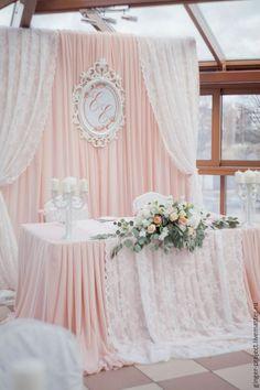 Купить Свадебное оформление зала, персиковая свадьба: президиум и фон…