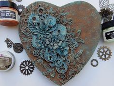 rusty heart mixed media canvas with rust and patina paste - Art ideas Mixed Media Boxes, Mixed Media Collage, Mixed Media Canvas, Rustic Mixed Media Art, Altered Canvas, Altered Art, Mix Media, Art Ancien, Mixed Media Tutorials