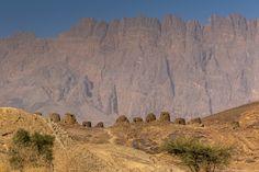 Oman travel - Oman's Al Ain Tombs from down below
