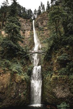 Beautiful waterfall shot.