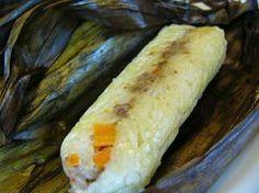 Bahan: 500 gr beras 1 ltr santan (kekentalannya sedang aja) 1 sdt garam 1 lbr daun salam Isian: 200 gr daging cincang 1-2 bh w...