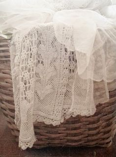 the lace is pretty, but I'm saving for the possibilities with my baskets and ASCP, to achieve this finish!