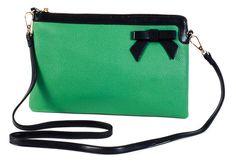 Για τις πιο ρομαντικές και όχι μόνο καθώς το πράσινο χρώμα το κάνει πιο εναλλακτικό.