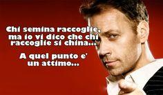 Il meme di Rocco Siffredi. Crea anche i tuoi e condividili con i tuoi amici su: http://www.chicercatrova2000.it/cards_generator/show_meme.phtml?id=5