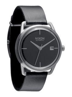 Nixon automatic watch. Black/silver.