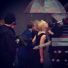 Amanda Abbington is kissing a Dalek!! Oh my word!!