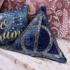Bring the magic of Hogwarts into your room with Pottery Barn Teen's Harry Potter bedding, and home decor. Shop the Harry Potter Collection for bedding, decor, room accessories and more. Harry Potter Casas, Décoration Harry Potter, Estilo Harry Potter, Fans D'harry Potter, Harry Potter Bedroom, Harry Potter Deathly Hallows, Harry Potter Pillow, Harry Potter Products, Harry Potter Fabric